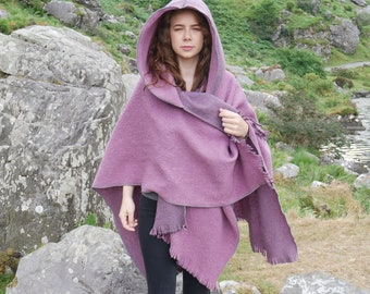 Irish felt wool hooded ruana, wrap, arisaid - reversible - light purple / purple - ready for shipping - HANDMADE IN IRELAND