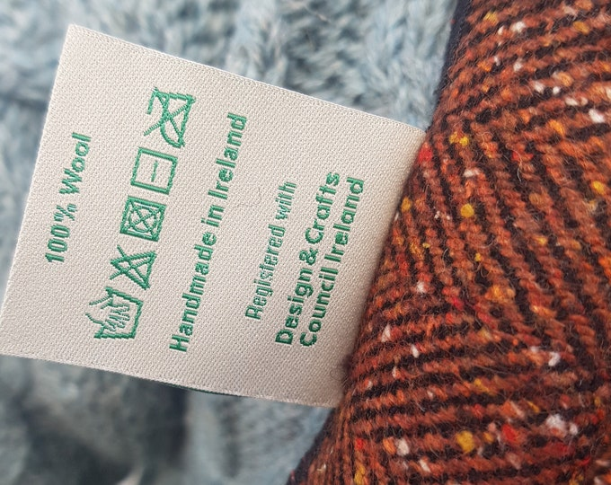 Irish tweed wool scarf - 100% pure new wool - speckled tobacco red/black herringbone - unisex -hand fringed - HANDMADE IN IRELAND