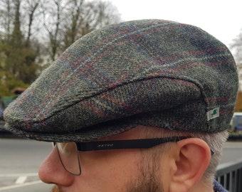 Traditional Irish tweed flat cap - Paddy cap - green/red/blue tartan, plaid check - 100% wool - padded - HANDMADE IN IRELAND