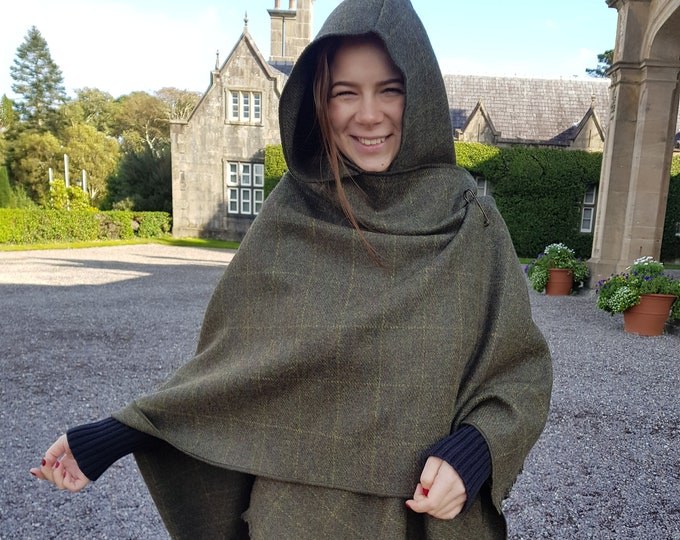 Irish tweed wool hooded ruana, wrap, arisaid - green with yellow check - HANDMADE IN IRELAND
