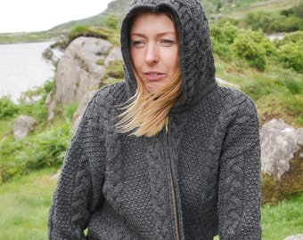 Hooded Aran Zipper cardigan - charcoal - 100% pure new wool - chunky - MADE IN IRELAND