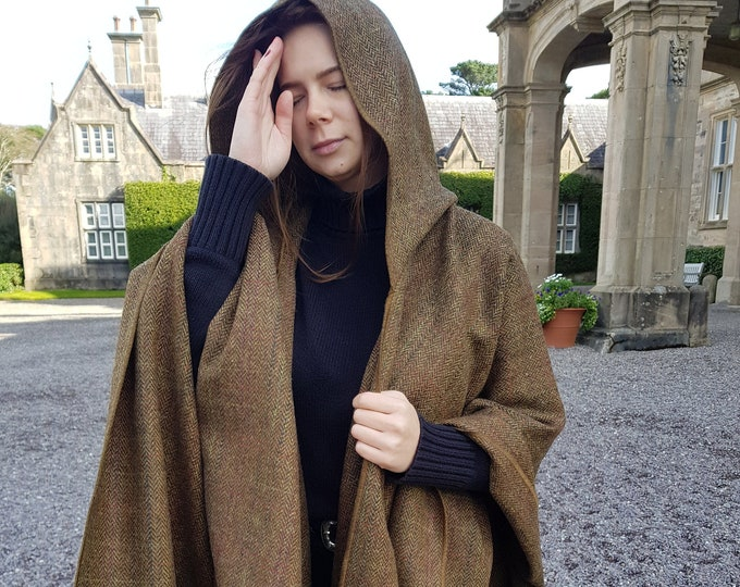 Irish tweed wool hooded ruana, wrap, arisaid - bronze/brown  herringbone with overcheck  - HANDMADE IN IRELAND