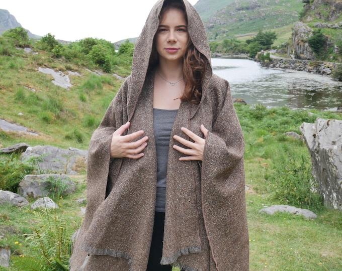 Irish tweed wool hooded ruana, wrap, arisaid - brown/grey salt&pepper - melange - medium/heavy tweed - HANDMADE IN IRELAND