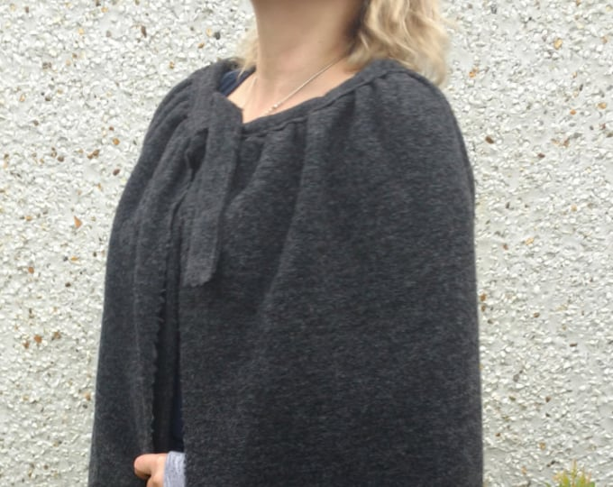 Medieval wool cloak - FREE WORLDWIDE SHIPPING - 100% wool - worsted wool - Broadcloth - charcoal  - Handmade in Ireland - ready for shipping
