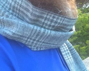 Irish tweed scarf - 100% pure new  wool - grey tartan/plaid - ready for shipping - unisex - Handmade in Ireland
