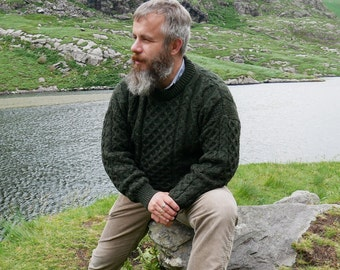 Traditional Aran Sweater - 100% pure new wool - dark green - chunky&heavy - MADE IN IRELAND