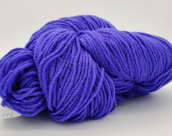 Authentic Aran Knitting Wool - bright purple - 200g/365yards - 100% pure new wool - MADE IN IRELAND