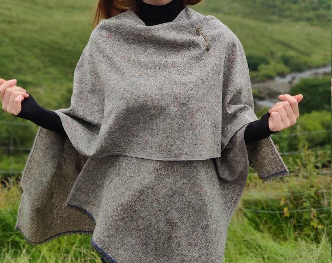 Irish tweed wool ruana, wrap, cape, arisaid - grey salt and pepper / with fleck/speckled - 100% pure new wool  - HANDMADE IN IRELAND