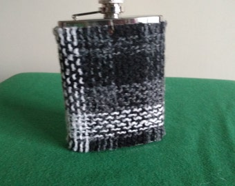 Irish tweed 8oz hip flask pouch -FREE WORLDWIDE SHIPPING- groom gift, best man, father of bride - made by me! - pouch - Handmade in Ireland
