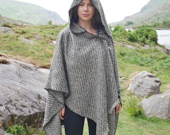 Irish boucle lambswool hooded ruana, wrap, arisaid - grey  / black - ready for shipping - HANDMADE IN IRELAND