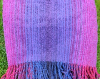 """Traditional Irish blanket - 100% pure new wool - chunky & heavy - violet - 60""""x 78"""" (150 cm x 200cm) - MADE IN IRELAND"""