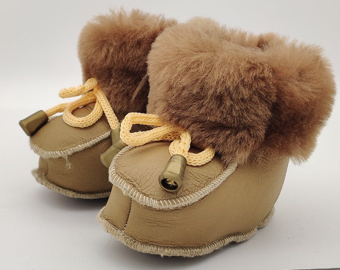 Baby booties - 100% sheepskin - super cute and adoranble - unisex - HANDMADE IN IRELAND