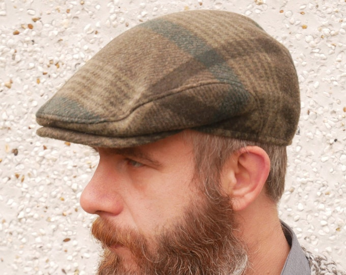 Traditional Irish tweed flat cap - green tartan/plaid check - 100% wool - padded - HANDMADE IN IRELAND