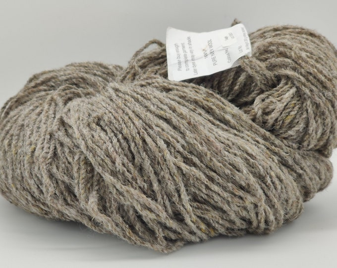 Authentic Aran Knitting Wool - Sage - brownish grey - 200g/365yards - 100% pure new wool - MADE IN IRELAND
