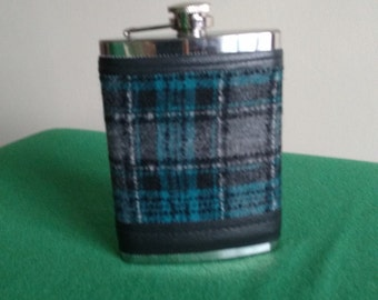 Irish tweed 8oz hip flask cover -FREE WORLDWIDE SHIPPING- groom gift, best man, father of bride - made by me! - Handmade in Ireland