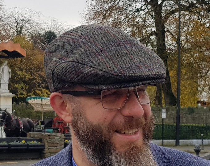Traditional Irish tweed flat cap - Paddy cap - green/red/blue tartan, plaid check - 100% wool - padded - HANDMADE IN IRELAND