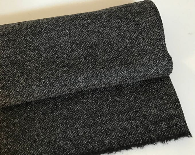 Irish tweed 100% wool fabric-FREE WORLDWIDE SHIPPING-black & grey herringbone-12/13ozs, 390gms - price per metre - ready for shipping - Made