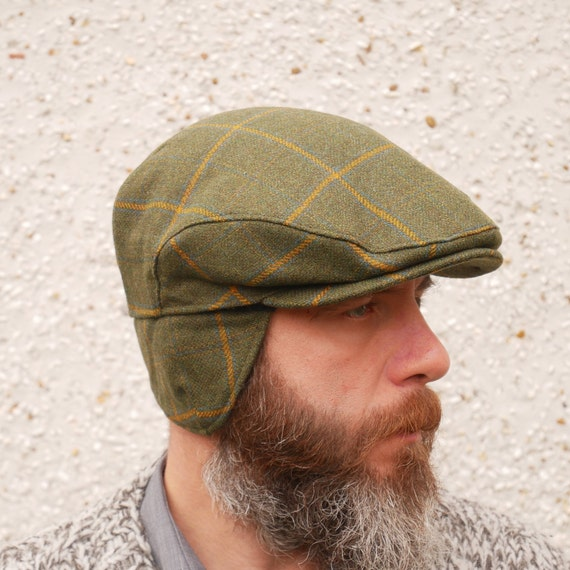 Traditional Irish tweed flat cap with foldable ear flaps  98711b5fd7d7