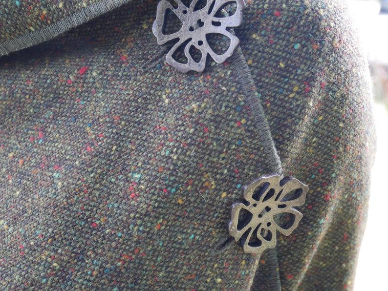 Handmade Brown 100/% wool tweed Cape Poncho