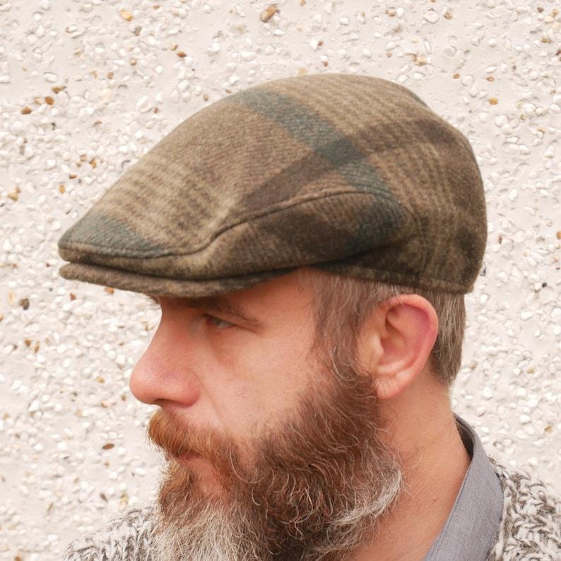 519f6adf895c8 Traditional Irish tweed flat cap green tartan plaid check