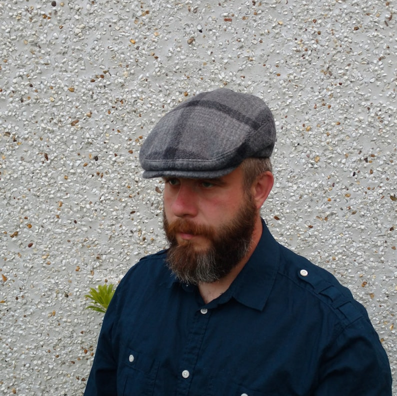 5d2a461d Traditional Irish tweed flat cap-FREE WORLDWIDE SHIPPING gray | Etsy