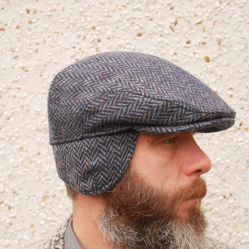 Traditional Irish tweed flat cap with foldable ear flaps  34113e3029a