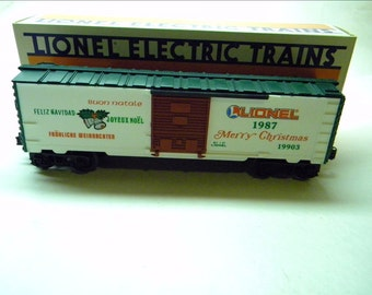 Lionel 19903 Happy Holidays Christmas Box Car