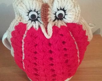 Vintage Handmade/Woolen Owl Red/White with Moving Eyes Teapot Cozy