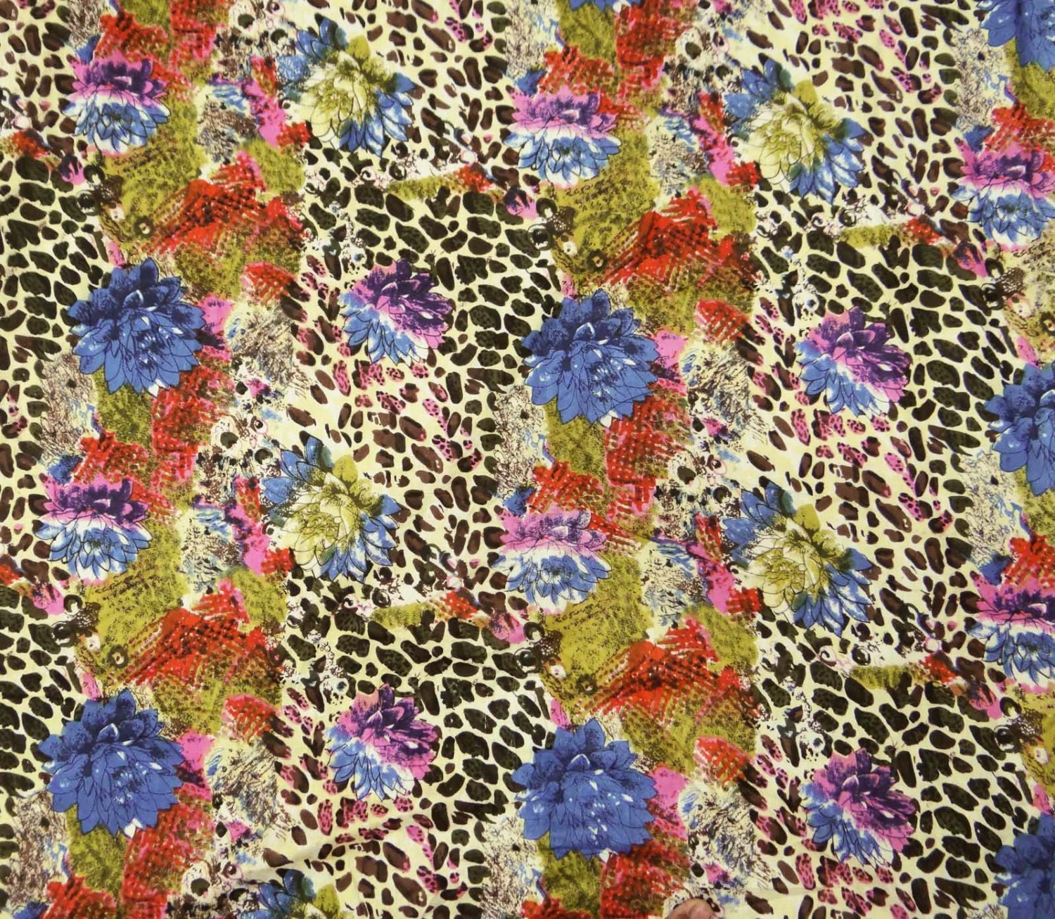 """Dressmaking Material Blue Cotton Fabric Crafting Sewing 42/"""" Wide By The Yard"""