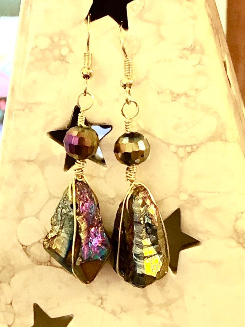 AB Rainbow Hematite Multicolor Stone Spike Nugget and Metallic Glass Gold Tone Wire Wrapped Dangle Earrings 2.4 Long