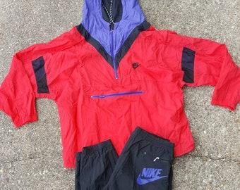 VTG Nike Swoosh Windbreaker Jacket x pantalon de costume Set Sz grand noir  rouge violet 93c05866a033