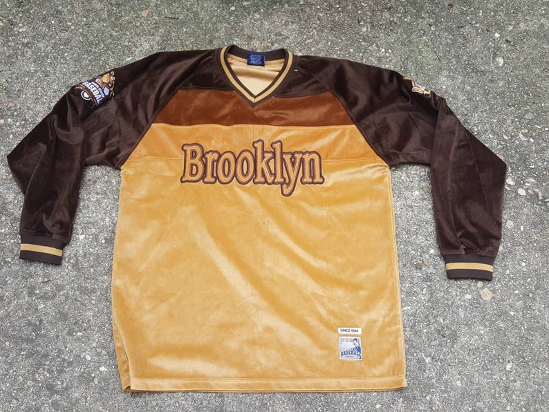 Vtg Delf Brooklyn Long Sleeve baseball velour Shirt   Size XL image 0