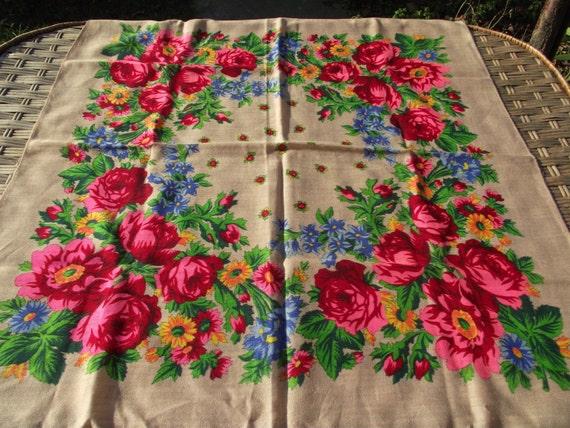 Vintage Shawl Wool Babushka Russian White Head Scarf Gift for wedding Red Flowers Soviet Era Russian floral scarf Floral scarf Head scarf