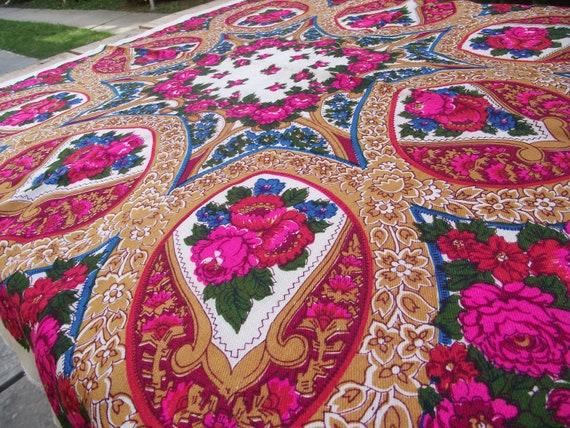 Beautiful Floral Shawl Vintage Ukrainian Romanian