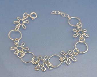 Daisies link bracelet handmade silver daisy chain, organic silver wirework flower chain, unique silver bracelet gift mum wife girlfriend