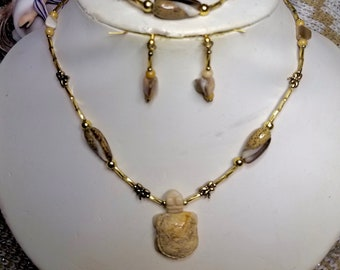 CLC095 Picture Jasper Turtle W/ Brown Shells and Gold Dragonflies.
