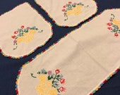 Wedding Gift, PRISTINE 1940s Vintage Table Linen Set, HAND Embroidered Yellow Red White Runner Doilies Farmhouse Cottage Home Decor