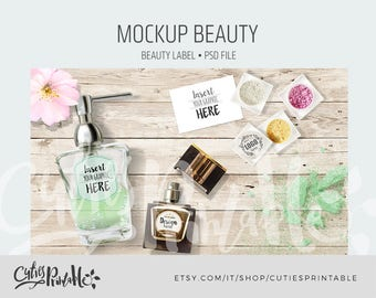PSD Mockup Make-Up with movable object - Instant download with make up items