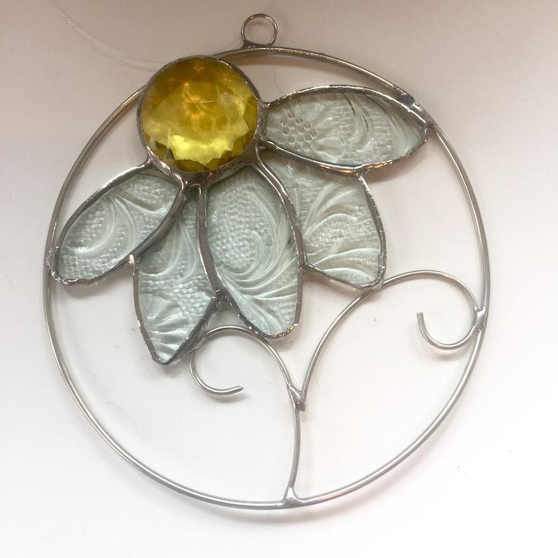 Handmade DAISY Suncatcher Summer Bliss Cottage Window Stained Glass Teacher Gift Housewarming Hostess Gift Window Ornament