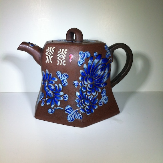 Chinese Collection Yixing Zisha Pottery Hand Carving Plum blossom Teapot 210cc