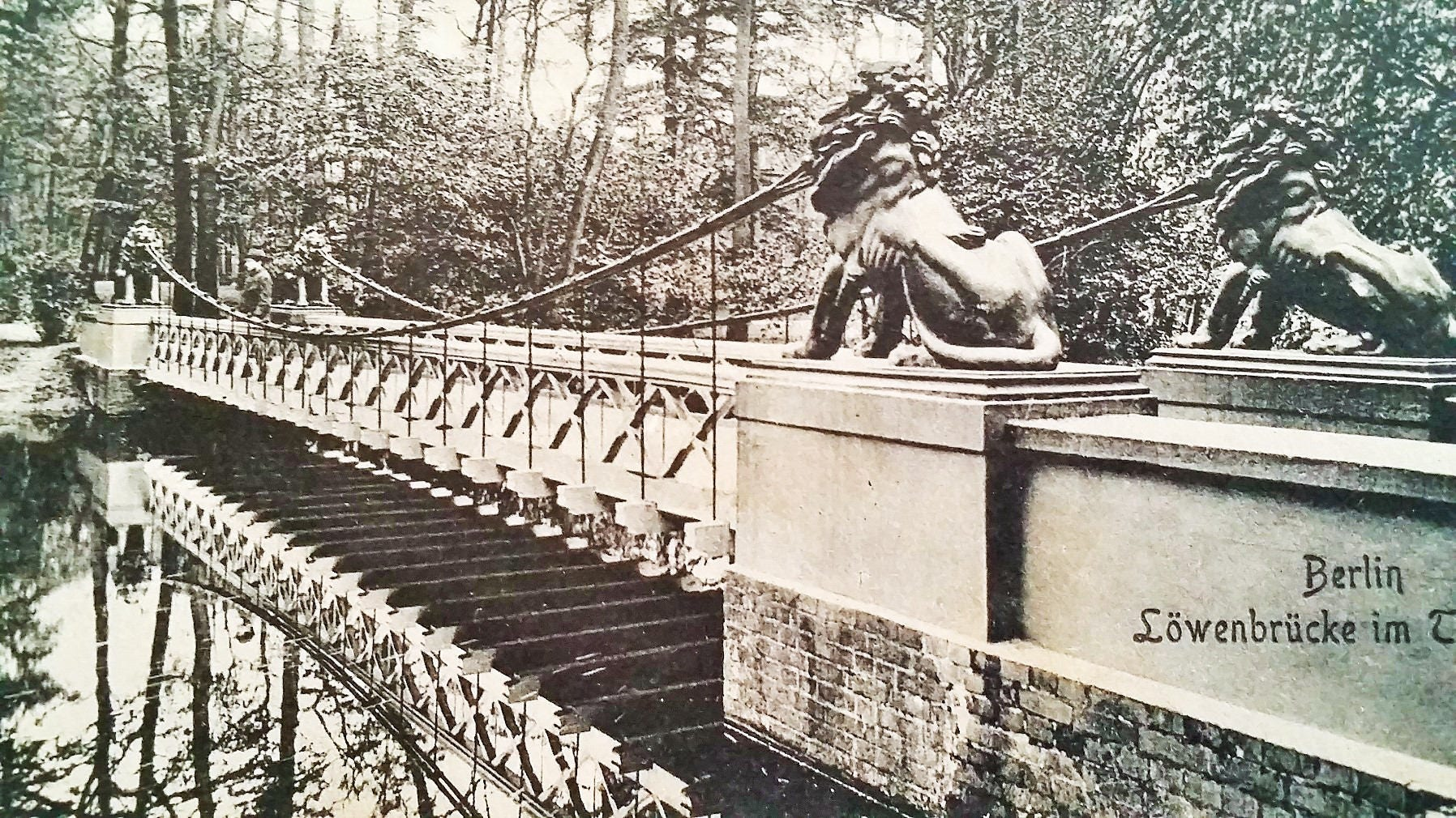 German Postcard 1911, Löwenbrücke im Tiergarten Berlin real photo