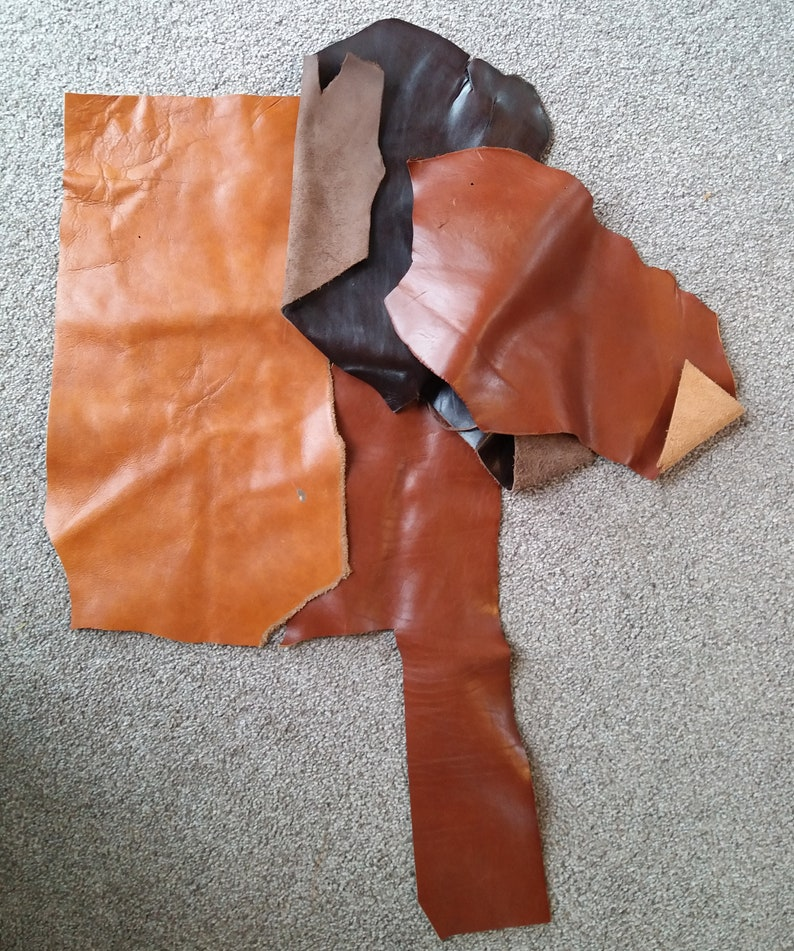 jewellery making or leather work 4 x Mixed Brown Scrap Leather Pieces for craft 029