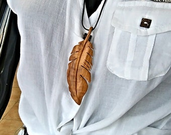 Feather Necklace, Feather Pendant, Feather Jewelry , Feather, Handmade Necklace, Wooden Jewelry