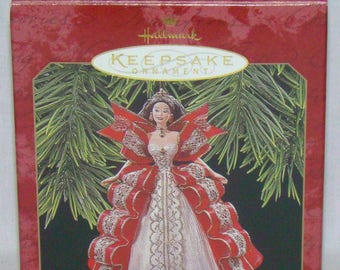 Hallmark Keepsake Ornament Holiday Barbie Collector's Series 1997