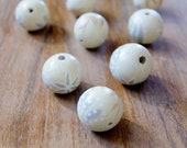 handpainted wood ball, wood ball, 18mm ball, painted ball, quality beads, beads supplier, handmade beads, fashion beads, W101