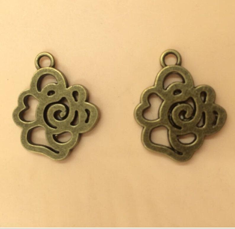 Antique Bronze Plated Flowers Charm Pendant For DIY Making 22x25mm 30pcs T507