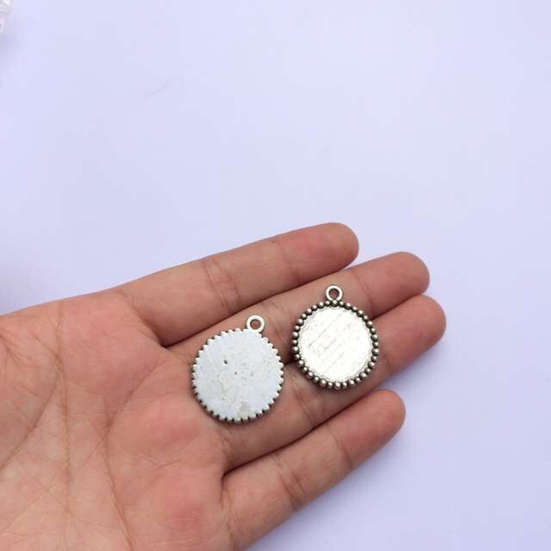 Fits 18mm Dia Round Cameo Cabochon Base Setting Bronze Silver Tone Jewelry Making Components 10pcs T625