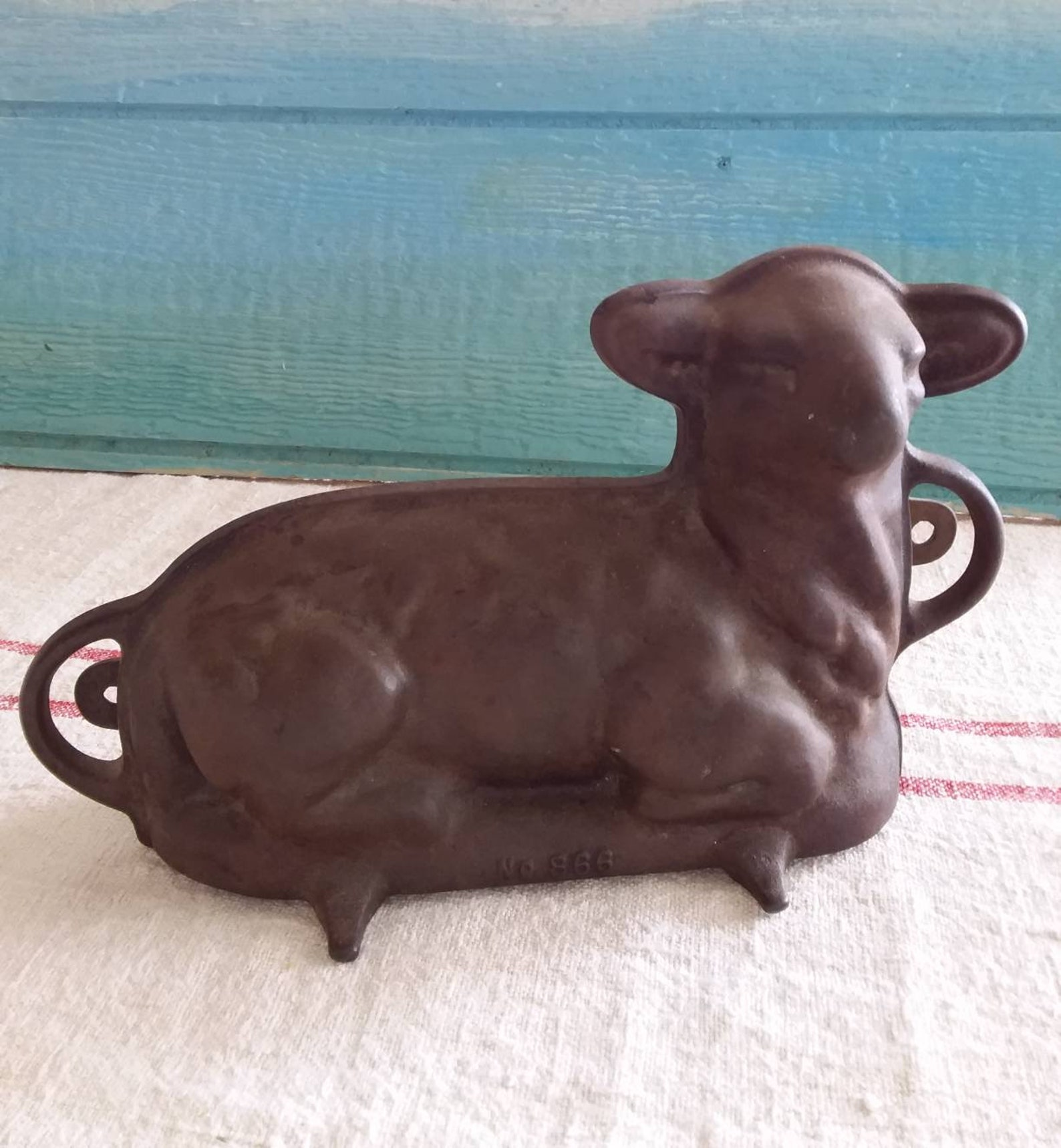 Vintage Griswold Cast Iron Lamb Cake Mold #866