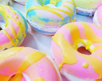 Donut Bath Bomb with Bubble Cake Filling
