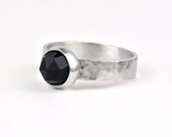 Sterling Silver Gemstone Ring - Hammered Ring - Black Stone Ring - Gift for Her - Minimalist Ring -  Black Onyx Ring - Black Spinel Ring